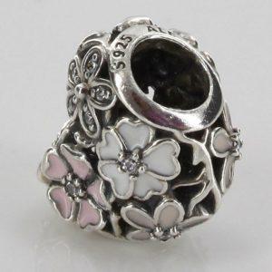 Genuine Pandora Silver S925 ALE-POETIC BLOOMS HEART CHARM-791825ENMX RRP£45!!!